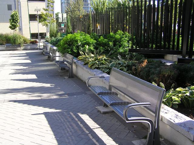 Yaletown Park seats in shade
