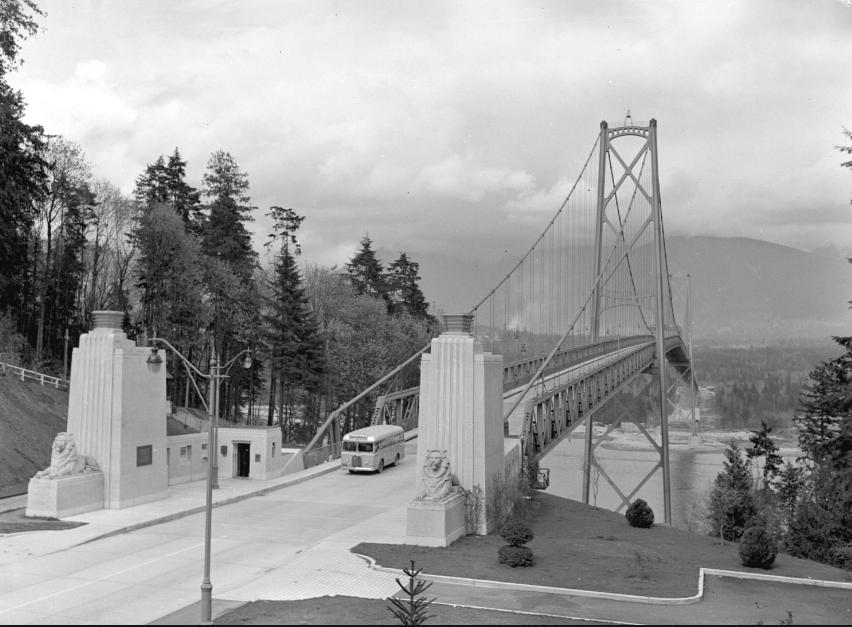 lions-gate-bridge-1940-cva-586-462
