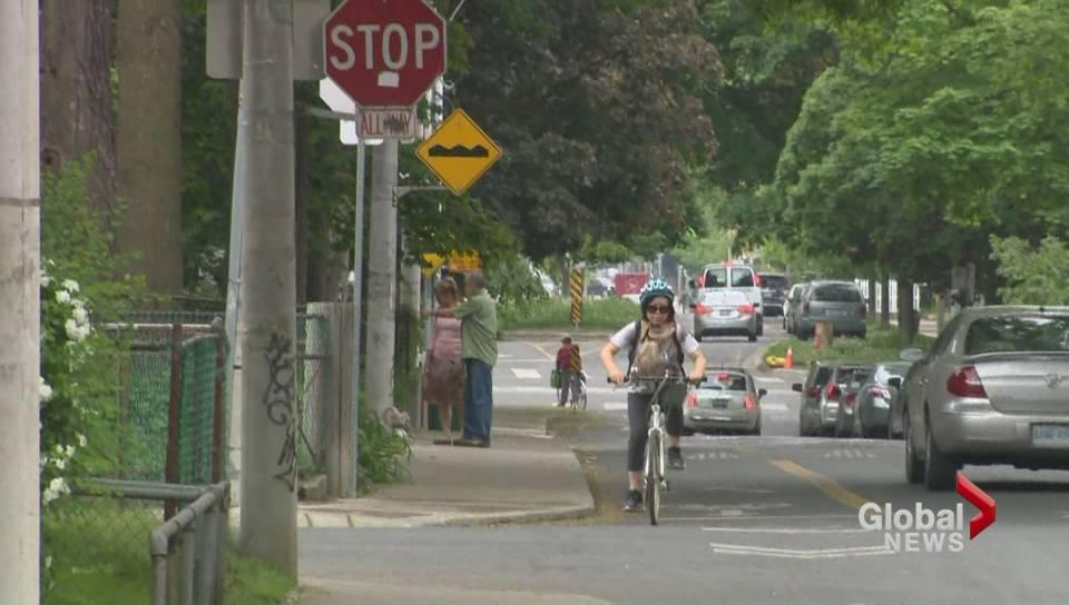 gtnh05252015_bikersrunningstopsigns_tnb_2