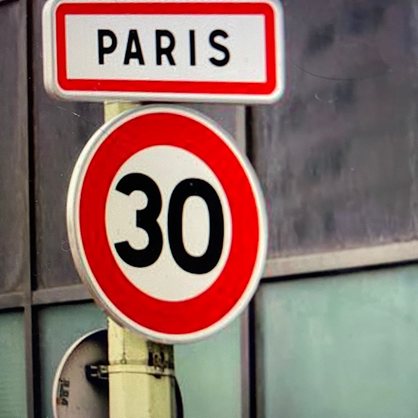 """Featured image for """"Paris Goes 30 Km/h Everywhere: Here's Why We Should Too"""""""