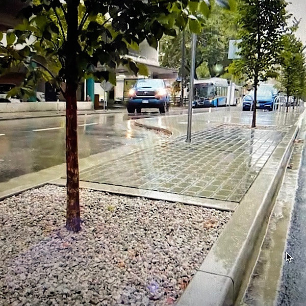 """Featured image for """"Vancouver's Richards Street: First Large-Scale """"Blue-Green"""" System Implemented"""""""